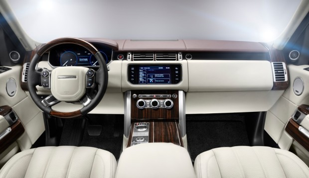All-new-Range-Rover_Interior_Embargoed-until-0001-on-15th-Aug-2012
